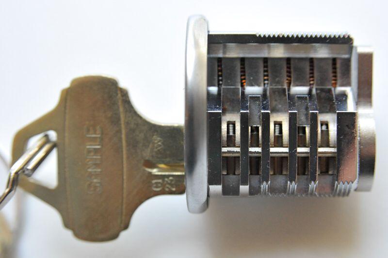 title='民用锁8'